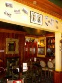 London Night Life - The King's Head Bar
