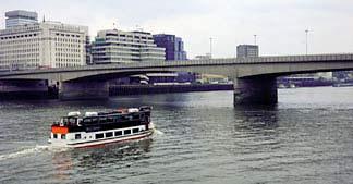 London Guide : London Bridge